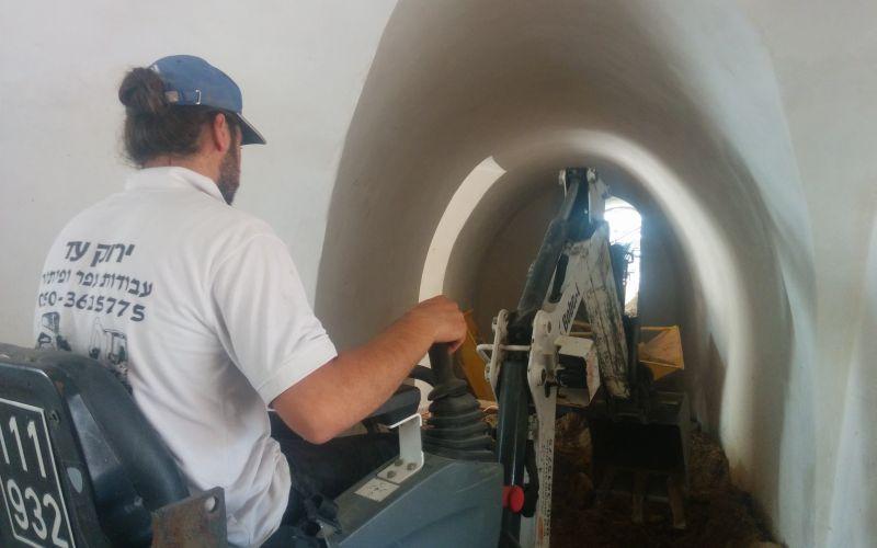 מסוע עפר מתוצרת Mace של חברת צאלון בפעולה