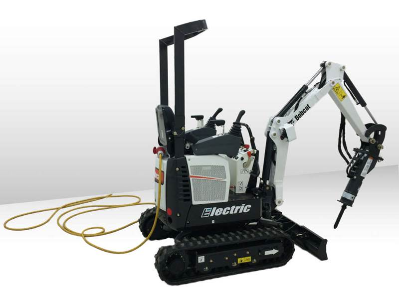 מיני מחפר חשמלי בובקט E10 Electric