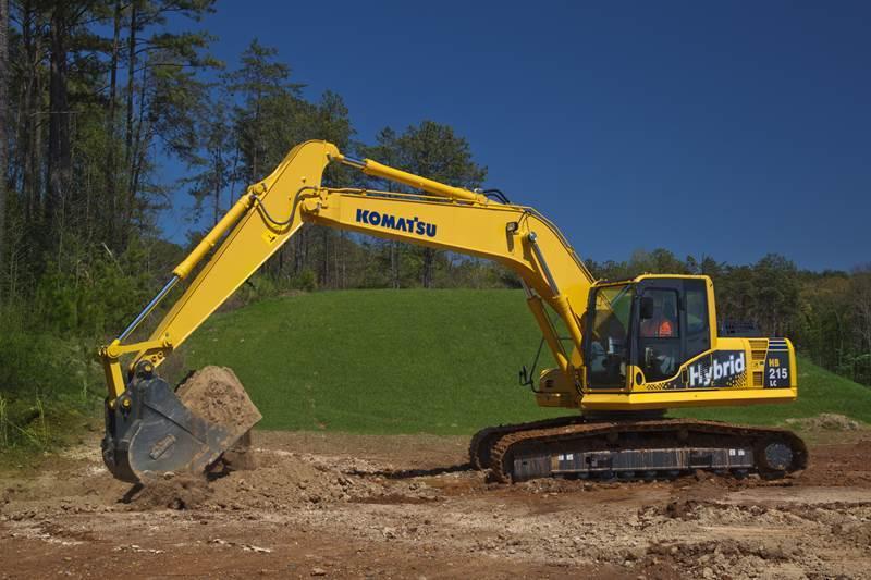 מחפר קומטסו HB215LC