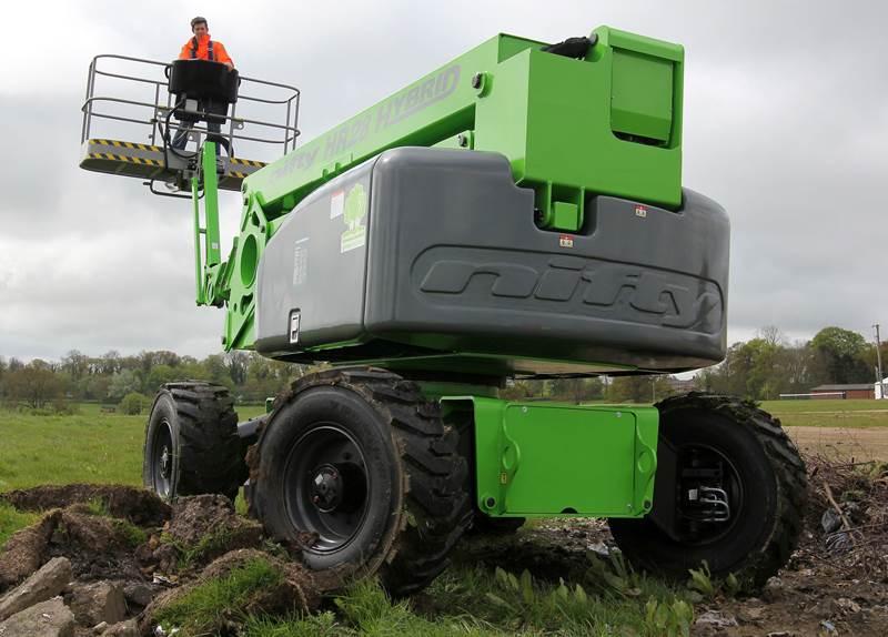 במת הרמה Niftylift HR28 Hybrid 4x4