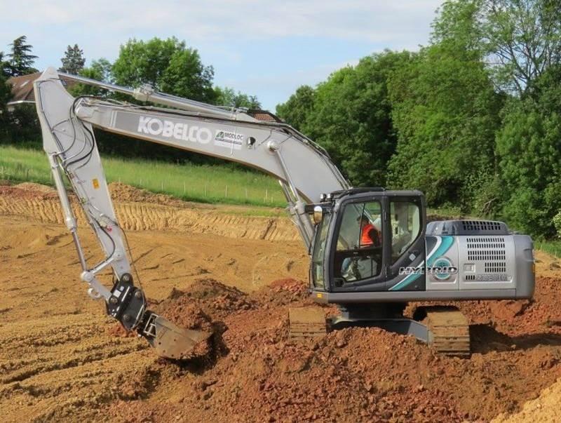 מחפר היברידי קובלקו SK210HLC
