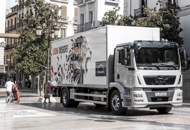 משאית מ.א.ן TGM