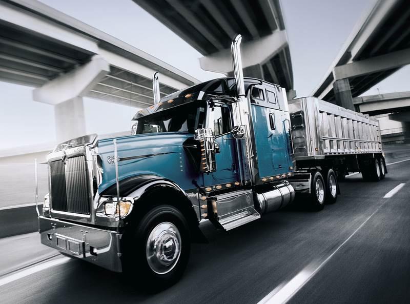 משאית International מסדרה 9900